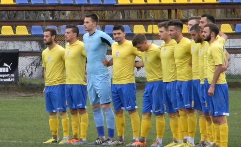 FC Caransebeş, depunctată din nou pentru neplata unui antrenor