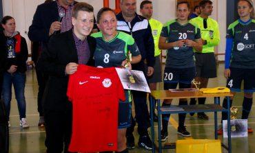 Andy Herczeg: Fetele care joacă fotbal trebuie să fie mai active pe Social Media