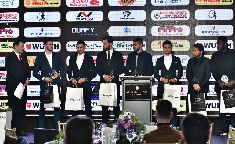 Constantin Budescu a fost desemnat cel mai bun jucător de fotbal al anului 2017 la Gala AFAN