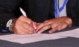 FIFPro atenționează fotbaliștii: cereți o copie a contractului real înregistrat!