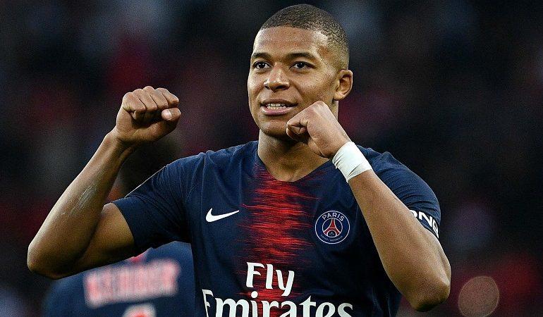 Top 10 cel mai bine cotați fotbaliști din lume
