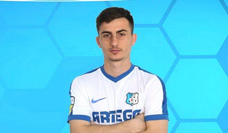 Fotbaliștii de la Pandurii Târgu Jiu renunță la bani pentru a salva clubul