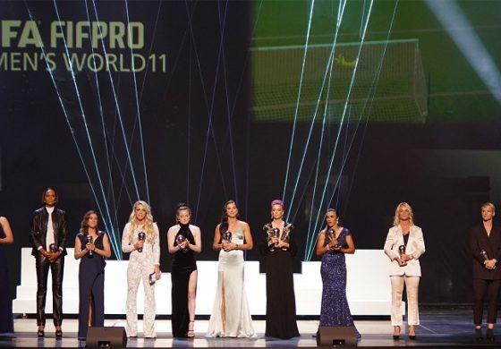 Americancele domină echipa ideală feminină World11